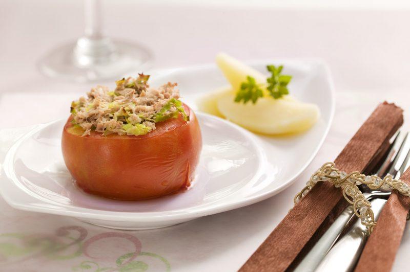 tomate recheado com atum (002)